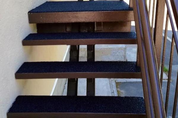 резиновые покрытия для лестниц, отмостки, парковки, пандусы