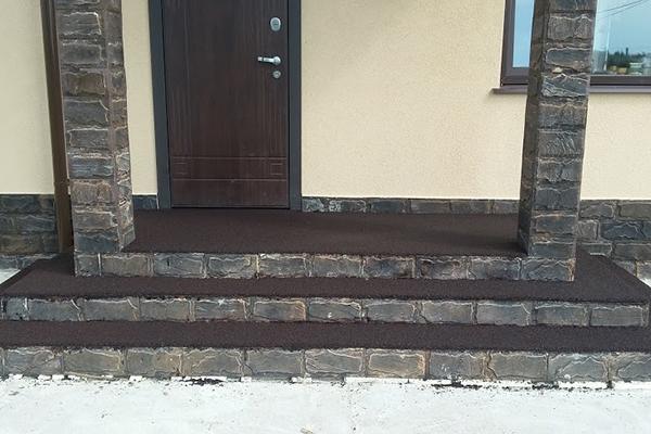 резиновые покрытия для лестниц, отмостки, парковки